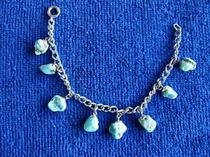 【送料無料】ブレスレット アクセサリ― レディースターコイズチェーンブレスレットladies turquoise and chain bracelet with winking cat