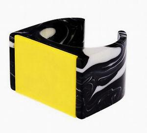 【送料無料】ブレスレット アクセサリ― ステラマッカートニーデザイナーイエローマルチカラーワイドカフブレスレットドルstella mccartney designer yellow multicolor plexy wide cuff bracelet 7 nwt 320