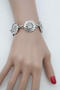 【送料無料】ブレスレット アクセサリ― ビンテージシルバーメタルチェーンファッションジュエリーブレスレットwomen vintage silver metal chain fashion jewelry bracelet flower charm floral