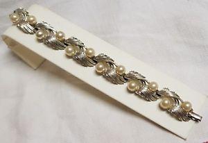 【送料無料】ブレスレット アクセサリ― ビンテージブレスレットガラスビーズシルバーbijou vintage bracelet signed lisner glass bead silver coloured metal textured t12