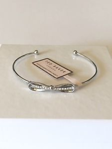 【送料無料】ブレスレット アクセサリ― テッドベーカーウルトラファインボウカフブレスレットシルバーカラー ted baker ultra fine pave bow cuff bracelet, silver color