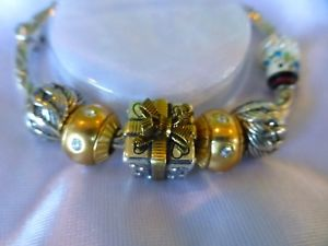 【送料無料】ブレスレット アクセサリ― ブライトンクリスマスボックスブレスレットセットbrighton nwt christmasholiday create your own charm bracelet set with box