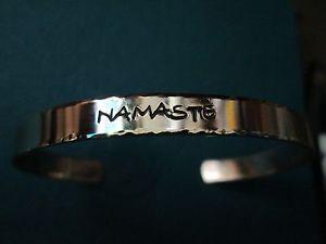 【送料無料】ブレスレット アクセサリ― ブレスレット…ソリッドスターリングシルバー…メッキ…ブレスレットnamaste bracelet solid sterling silver… not plated… bracelet