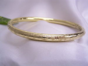 【送料無料】ブレスレット アクセサリ― ゴールドスタンプdoublbracelet gold plated with ornaments decorated stamped americ 50er years