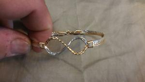 【送料無料】ブレスレット アクセサリ― ロナウドブレスレット14kワイヤーsz 8ronaldo infinity bracelet 14k gold artist wire and silver sz 8
