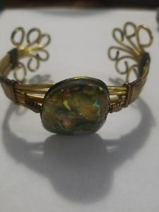 【送料無料】ブレスレット アクセサリ― ワイヤダイクロイックガラスブレスレットラップゴールドワイヤーwire wrapped stone bracelet with dichroic glass wrapped in gold wire well made
