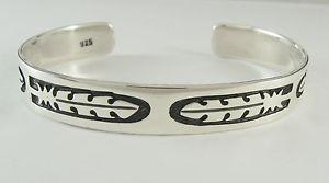 【送料無料】ブレスレット アクセサリ― スターリングシルバーカフブレスレットフェザーデザインワイド925 sterling silver cuff bracelet feather design 716 wide