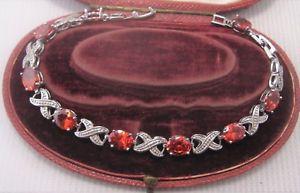 【送料無料】ブレスレット アクセサリ― シルバーデザインガーネットブレスレットa pretty design garnet bracelet in silver