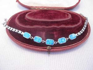 【送料無料】ブレスレット アクセサリ― シルバーデザインオパールブレスレットa pretty design opal bracelet in silver