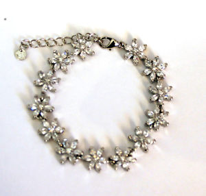 【送料無料】ブレスレット アクセサリ― バトラーウィルソンクリアクリスタルデイジーチェーンブレスレットシルバーbutler and wilson clear crystal daisy bracelet silver tone bridal wedding