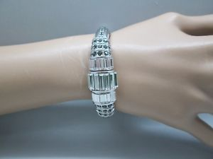 【送料無料】ブレスレット アクセサリ― ジュディスメタリッククリスタルヒンジブレスレットシルバートーンjudith leiber womens metallic crystal renee hinged bracelet silver tone