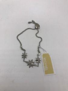 【送料無料】ブレスレット アクセサリ― 115ドルマルケルコースwomensスライダーブレスレットシルバー1サイズmkd18115 michael kors womens starburst pave slider bracelet silver one size mkd18