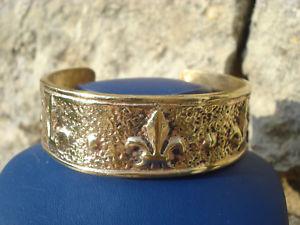 【送料無料】ブレスレット アクセサリ― リスブロンズブレスレットbeautiful and very old bronze bracelet with lys67gr flowers