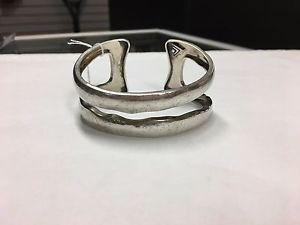 【送料無料】ブレスレット アクセサリ― スターリングバーカフブレスレットsilpada sterling silver modernista hammered double two bar cuff bracelet read