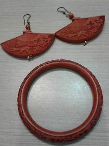 【送料無料】ブレスレット アクセサリ― ビンテージブレスレットイヤリングセットvintage cinnabar bracelet earrings set, great condition,