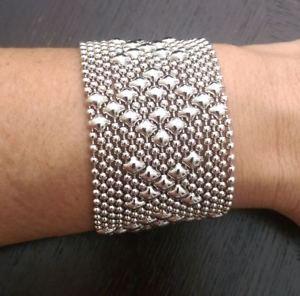 【送料無料】ブレスレット アクセサリ― セルジオグティエレスキスメッシュカフスブレスレットb45sgsg liquid metal by sergio gutierrez hug and kisses silver mesh cuff bracelet b45