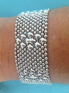 【送料無料】ブレスレット アクセサリ― ボールチェーンフラワーメッシュカフブレスレットサイズシングルsg liquid metal silver tiny ball chain flower mesh cuff bracelet tb34 all sizes