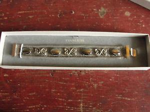 【送料無料】ブレスレット アクセサリ― beautiful in the box old fashion woman bracelet attached, hematite