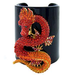 【送料無料】ブレスレット アクセサリ― プラスチックブレスレットカフスバトラーwilsonドラゴンbutler and wilson crystal dragon on wide plastic bracelet cuff brother