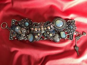 【送料無料】ブレスレット アクセサリ― ベッツィージョンソンオパールリボンシルバーブレスレットbetsey johnson bonjour butterfly blue opal crystal ribbon bow silver bracelet