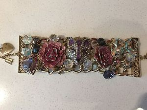 【送料無料】ブレスレット アクセサリ― ジョンソンゴールドブレスレットnwt betsey johnson large imperial princess fox heart flowers gold bracelet
