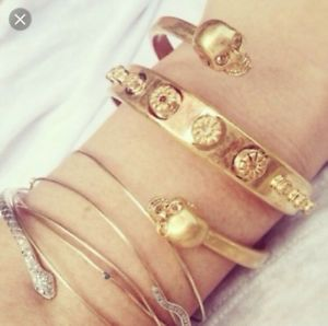 【送料無料】ブレスレット アクセサリ― アレキサンダーマックイーンスカルブレスレットゴールド¥alexander mcqueen skull bracelet, gold, rrp 320