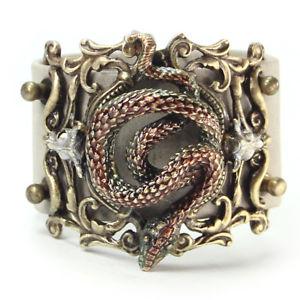 【送料無料】ブレスレット アクセサリ― ロマンスガラガラヘビブレスレットsweet romance rattlesnake leather bracelet free shipping nwt