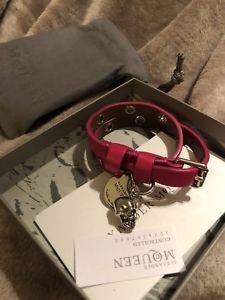 【送料無料】ブレスレット アクセサリ― アレキサンダーマックイーンボックス¥ダブルラップスカルブレスレットalexander mcqueen double wrap skull bracelet in box rrp 295