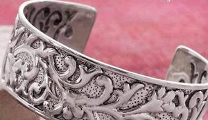 【送料無料】ブレスレット アクセサリ― スターリングシルバーカフブレスレットドルsilpada b3080 ahead of the curve sterling silver cuff bracelet, was 229