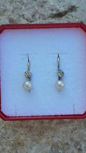 【送料無料】ブレスレット アクセサリ― イヤリングホワイトゴールドパールglovely earrings white gold 18 k750 4,3 pearl1,08g