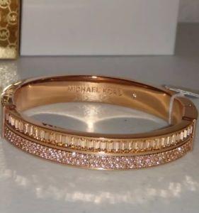 【送料無料】ブレスレット アクセサリ― ミハエルローズゴールドカフブレスレットバレンタインデーmichael kors rose gold sierrandan cuff bracelet perfect for valentines day
