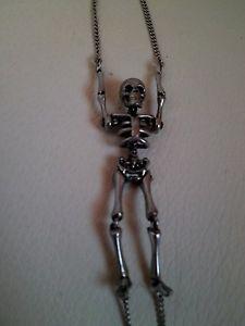 【送料無料】ブレスレット アクセサリ― アレキサンダーマックイーンスケルトンブレスレットシルバータグalexander mcqueen skeleton bracelet silver brass metal brand w tags