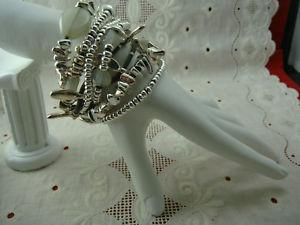 【送料無料】ブレスレット アクセサリ― ユリウスストランドシルバーアートガラススレートブレスレットfabulous gillian julius 8 strand silver pebble art glass rb83s 8 slate bracelet