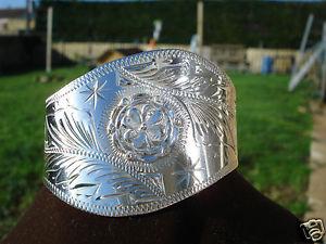 【送料無料】ブレスレット アクセサリ― シルバービンテージカフブレスレットbeautiful vintage cuff bracelet in silver487 gr