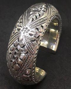 【送料無料】ブレスレット アクセサリ― 875 925sterlingengraved unique special wide heavy cuffwomen bracelet875 925 sterling silver engraved unique special wide h