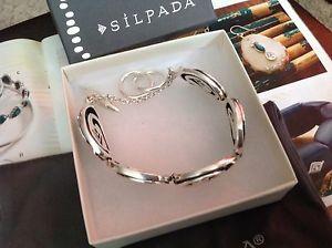 【送料無料】ブレスレット アクセサリ― silpadaスターリングディスクlogoブレスレットb1867nibsilpada sterling silver oval disc swirl arrowhead logo bracelet retired b1867nib