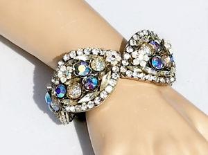 【送料無料】ブレスレット アクセサリ― iris gオーストリアブレスレットiris g huge austrian crystal aurora borealis iridescent runway clamper bracelet
