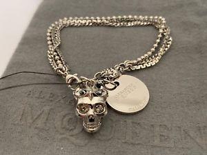 【送料無料】ブレスレット アクセサリ― nibアレグザンダーマックイーン3dlogoチェーンブレスレットnib alexander mcqueen 3d princess skull logo charm silver tone chain bracelet