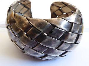 【送料無料】ブレスレット アクセサリ― ドームデザインスターリングシルバーカフブレスレットvtg weave domed design sterling silver 925 cuff bracelet