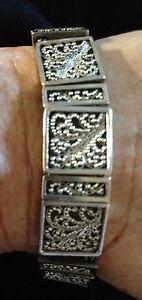 【送料無料】ブレスレット アクセサリ― デザインズロイスヒルスターリング925ブレスレットlois hill sterling silver 925 bracelet with intricate granulation designs