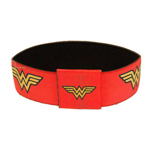 【送料無料】ブレスレット アクセサリ― ワンダーウーマンブレスレットレッドwonder woman elastic bracelet red