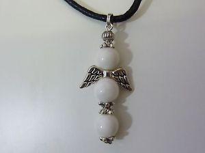【送料無料】ブレスレット アクセサリ― エンジェルクロスペンダントチベットシルバーangel cross pendant 8 mm white jade amp; tibet silver
