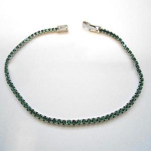 【送料無料】ブレスレット アクセサリ― テニスブレスレットレディーススリムシルバーエメラルドtennis bracelet womens slim c silver with emeralds 18 cm 228 l