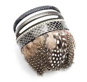 【送料無料】ブレスレット アクセサリ― bc912fbカフスpaobc912fbcuff bracelet multirow leather scales nails and feathers pao