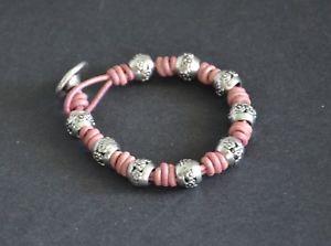 【送料無料】ブレスレット アクセサリ― ブレスレットハンドメイドピンクleather bracelet, handmade, different 50, made of hand, pink