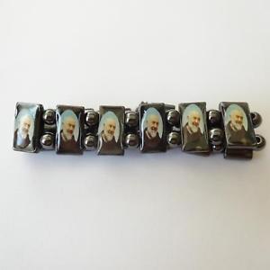 【送料無料】ブレスレット アクセサリ― メンズウィメンズヘマタイトブレスレットmens womens bracelet elastic in hematite with father pio 197 aa