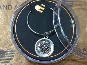 【送料無料】ブレスレット アクセサリ― アレックスアニ スターリングalex and ani providence sterling silver expandable ring healing love