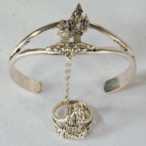 【送料無料】ブレスレット アクセサリ― スレーブブレスレット#ジュエリーチェーンリングシルバーcastle slave bracelet 46 jewelry chain ring silver women jewelry