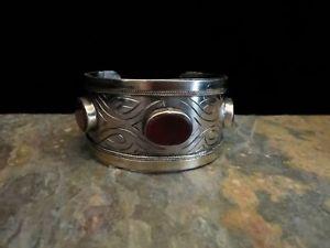 【送料無料】ブレスレット アクセサリ― カフブレスレットethnic tribal turkoman cuff bracelet stylized design