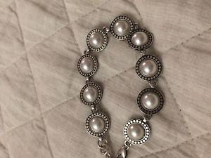 【送料無料】ブレスレット アクセサリ― ブライトンブレスレットディスクリンクシルバーbrighton moonshadow bracelet disc links silver tone rare retired